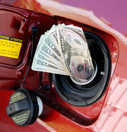 Have You Noticed The Price Of Gas? 3 Tips To Reduce Trade Show Shipping Costs